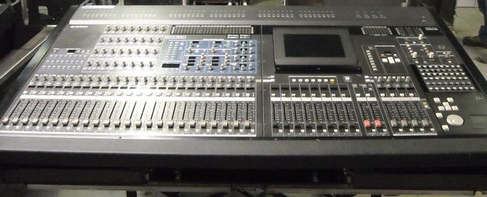 Mesa de sonido profesional segunda mano equipos de for Mesa de mezclas segunda mano